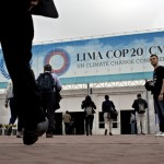 COP20-People-arrive-to-t-010
